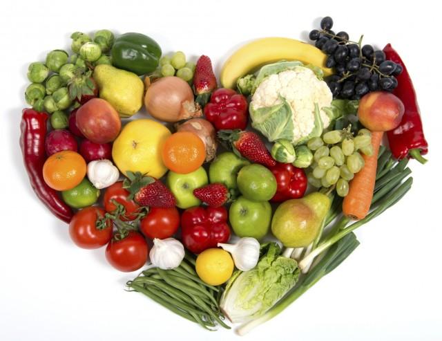 frutta-e-verdura-le-proprieta-e-i-benefici-per-la-salute-in-base-al-colore-16-640x493